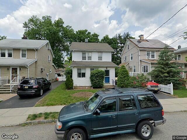 3 Bedrooms / 2 Bathrooms - Est. $3,502.00 / Month* for rent in Dumont, NJ