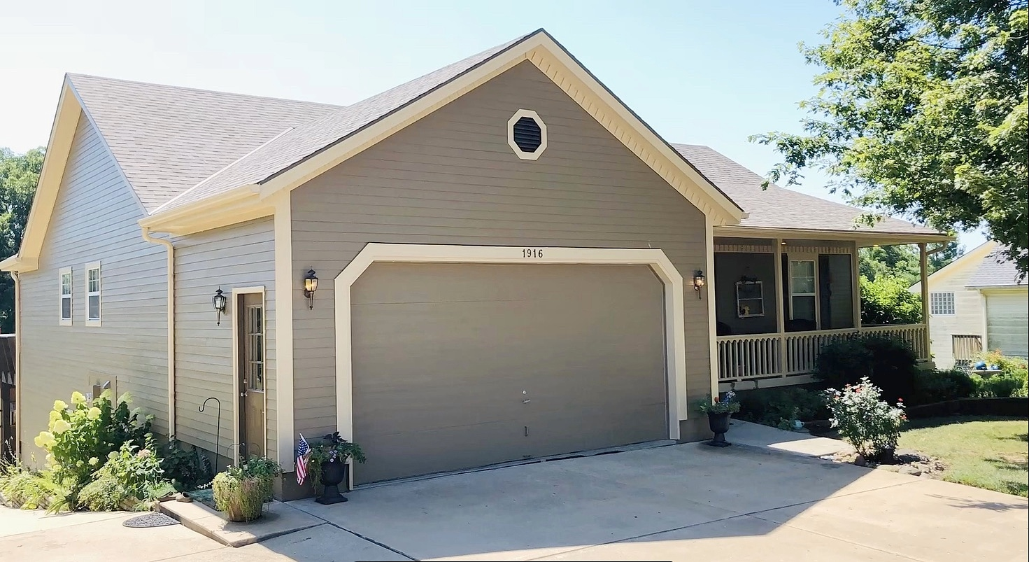 4 Bedrooms / 3 Bathrooms - Est. $1,794.00 / Month* for rent in Pleasant Hill, MO