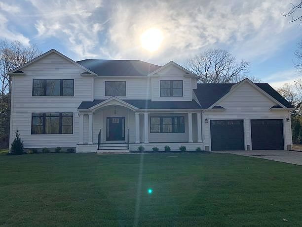 Image of rent to own home in Hampton Bays, NY