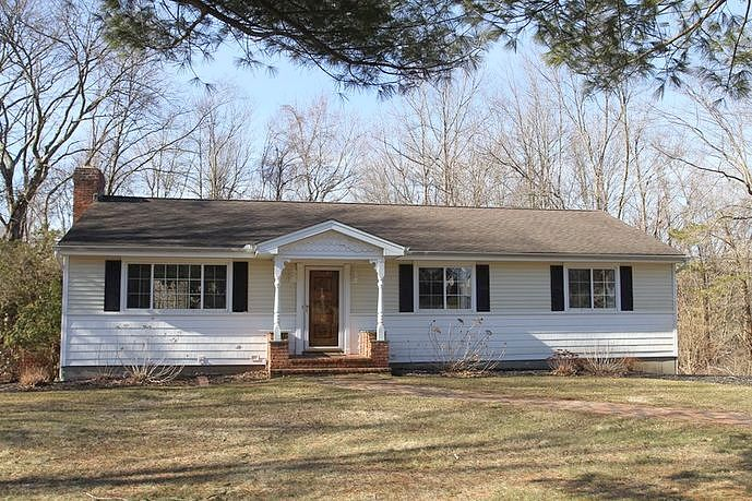 Image of rent to own home in Sandy Hook, CT