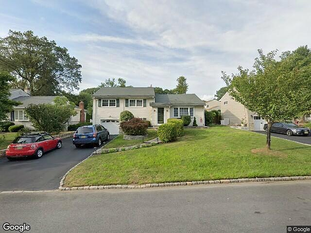 3 Bedrooms / 2 Bathrooms - Est. $3,669.00 / Month* for rent in Cedar Grove, NJ