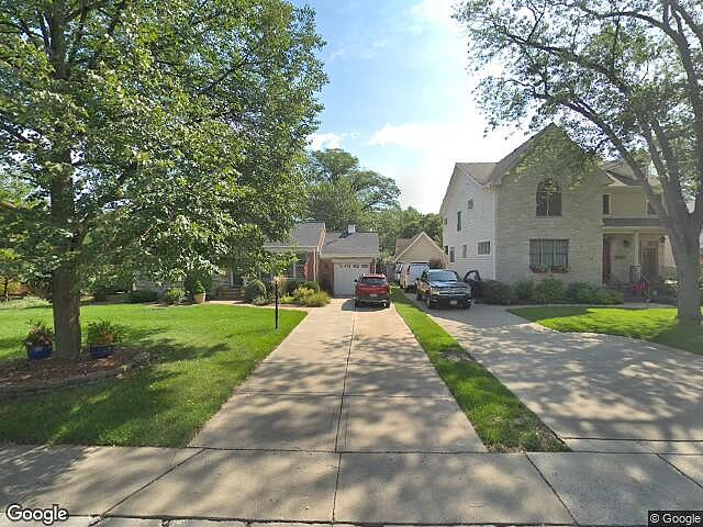 Image of rent to own home in Clarendon Hills, IL