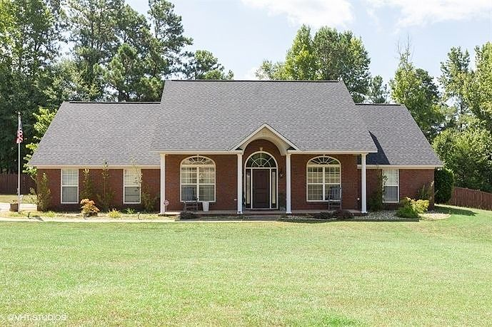 Image of rent to own home in Smiths Station, AL