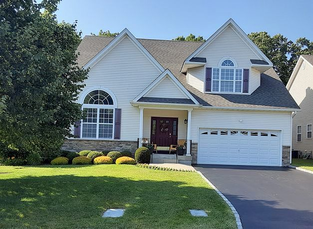Image of rent to own home in Wading River, NY