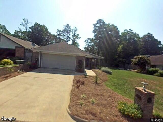 Image of rent to own home in Ozark, AL