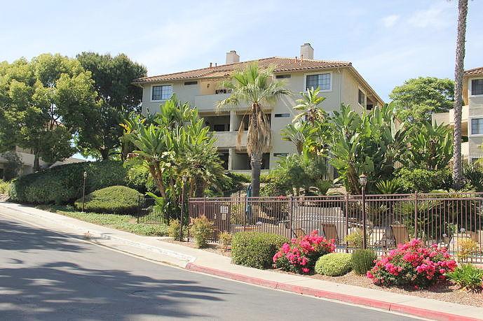 2 Bedrooms / 2 Bathrooms - Est. $2,595.00 / Month* for rent in Oceanside, CA