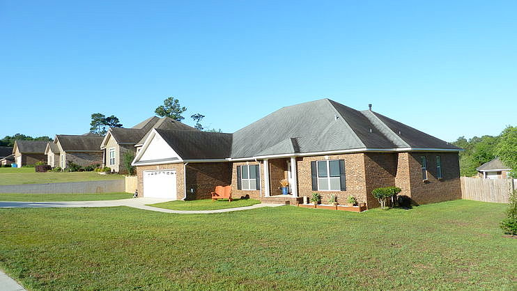 4 Bedrooms / 3 Bathrooms - Est. $1,917.00 / Month* for rent in Spanish Fort, AL