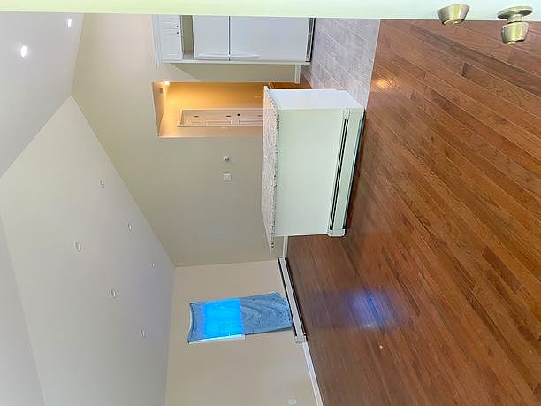 3 Bedrooms / 2 Bathrooms - Est. $3,325.00 / Month* for rent in Roosevelt, NY