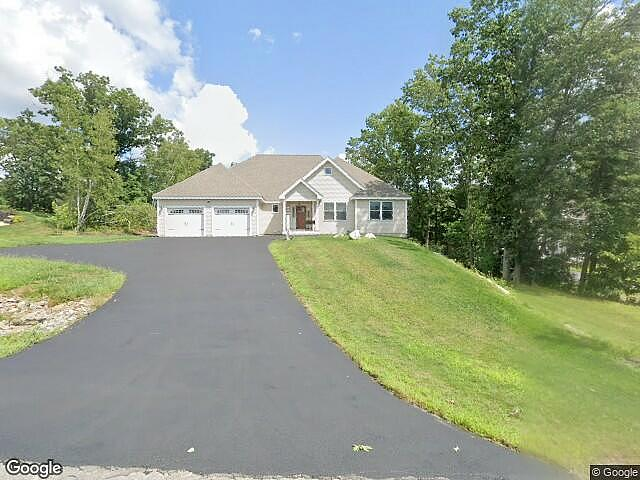Image of rent to own home in Pelham, NH