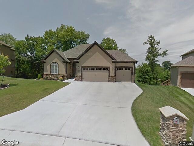 5 Bedrooms / 3 Bathrooms - Est. $2,301.00 / Month* for rent in Warrensburg, MO