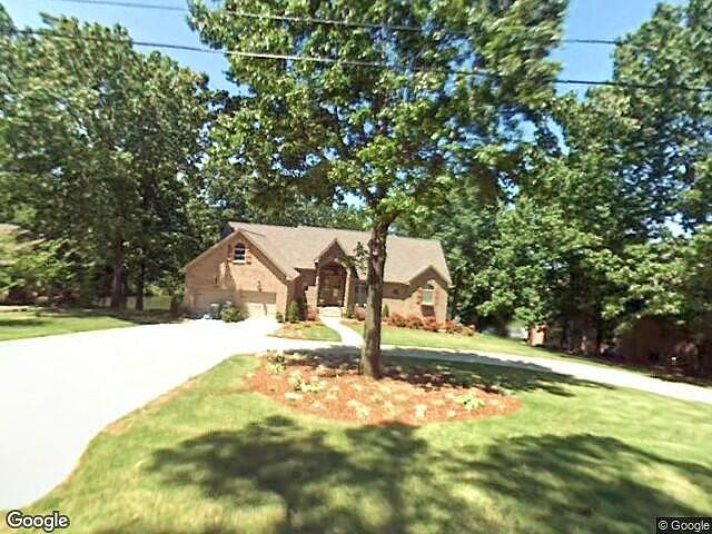 4 Bedrooms / 5 Bathrooms - Est. $5,316.00 / Month* for rent in Muscle Shoals, AL