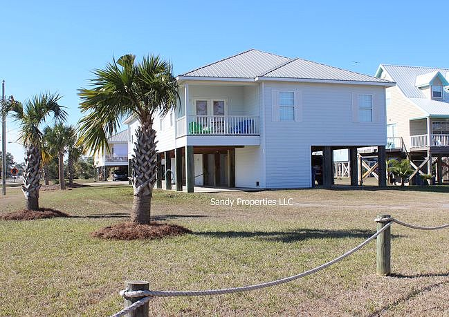 3 Bedrooms / 2 Bathrooms - Est. $1,771.00 / Month* for rent in Gulf Shores, AL
