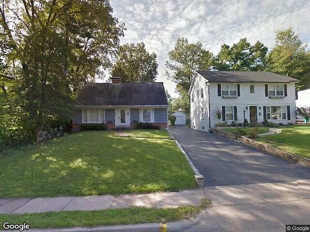 Image of rent to own home in Webster Groves, MO