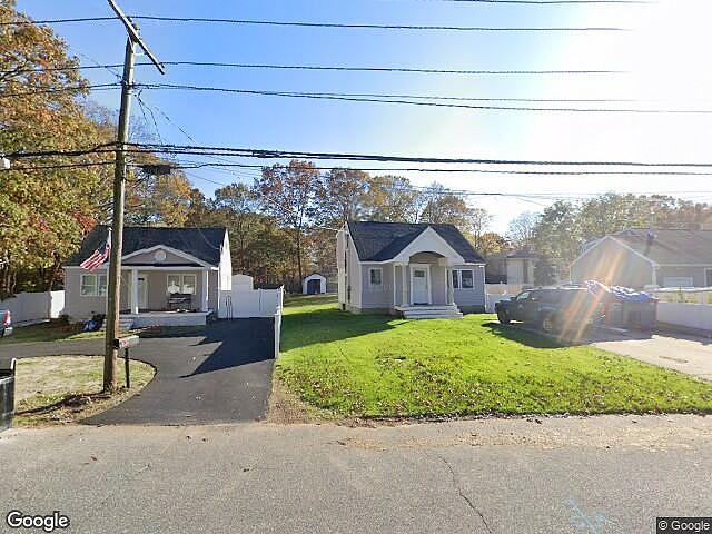 Image of rent to own home in Shirley, NY