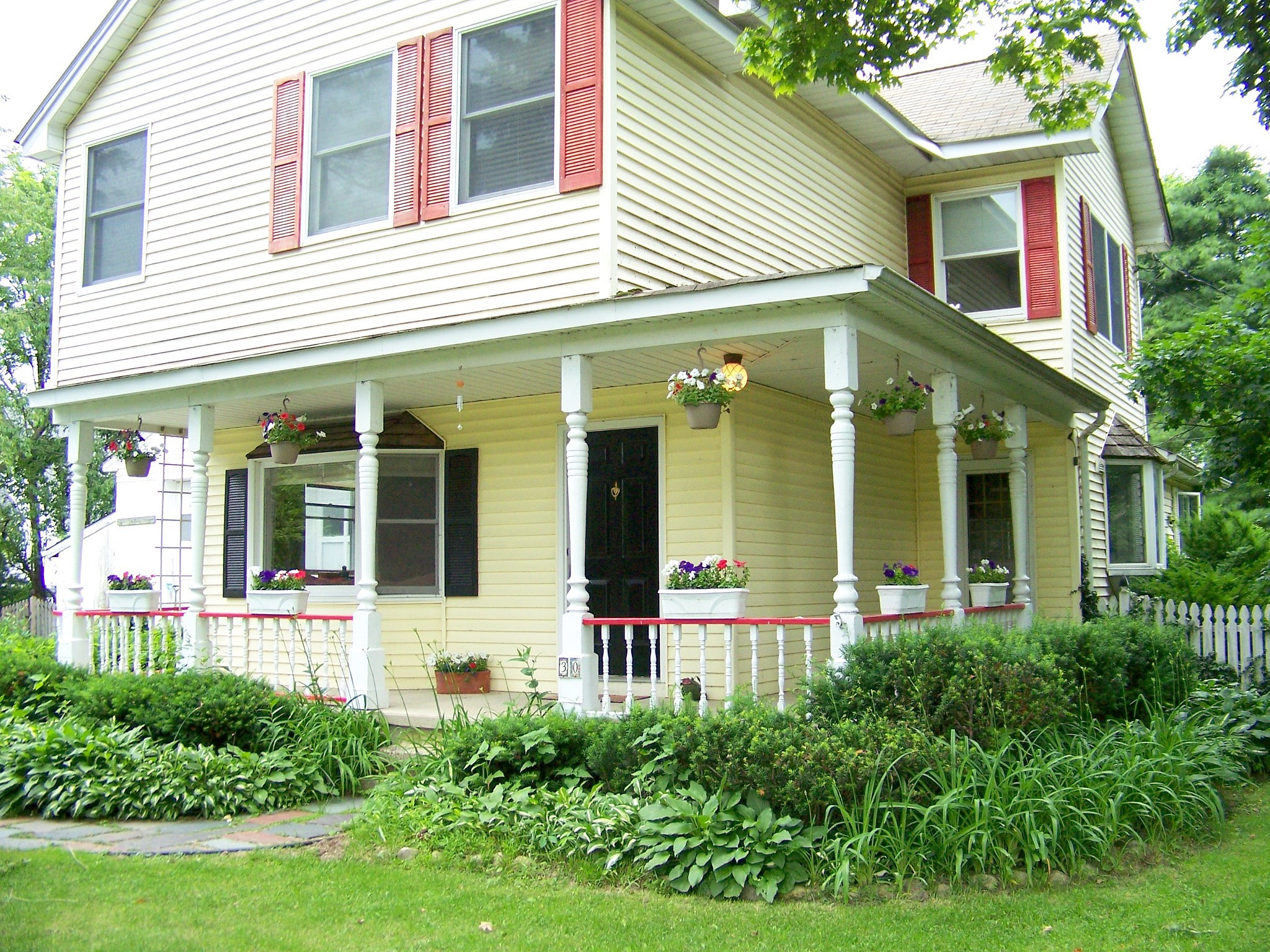 4 Bedrooms / 2.5 Bathrooms - Est. $2,267.00 / Month* for rent in Andover, NJ