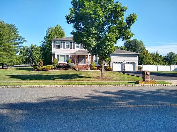 Image of rent to own home in Manalapan, NJ