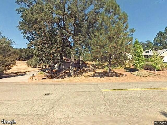 Image of rent to own home in Oakhurst, CA