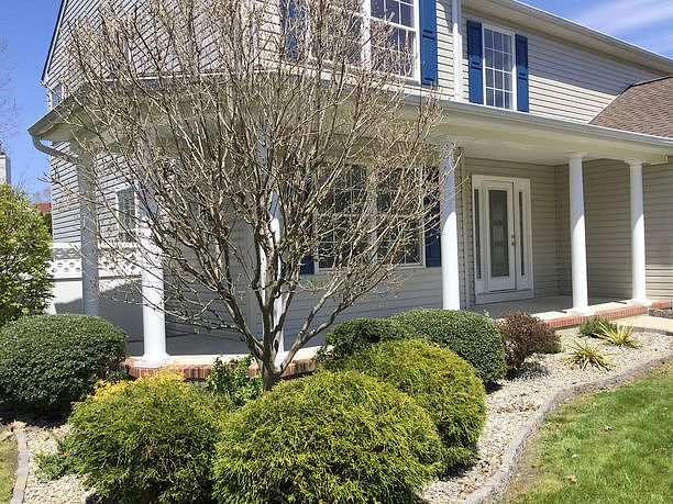 4 Bedrooms / 2.5 Bathrooms - Est. $2,668.00 / Month* for rent in Manahawkin, NJ