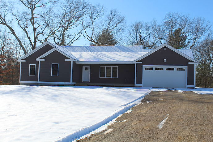 Image of rent to own home in Putnam, CT