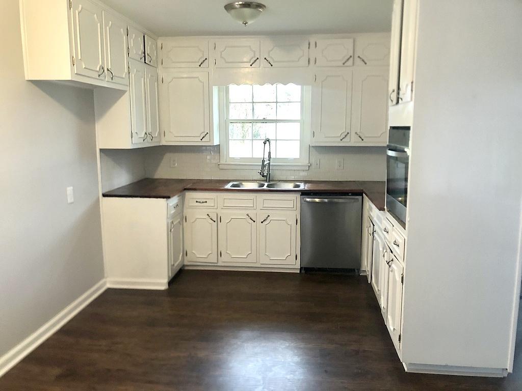 3 Bedrooms / 2 Bathrooms - Est. $1,079.00 / Month* for rent in Center Point, AL