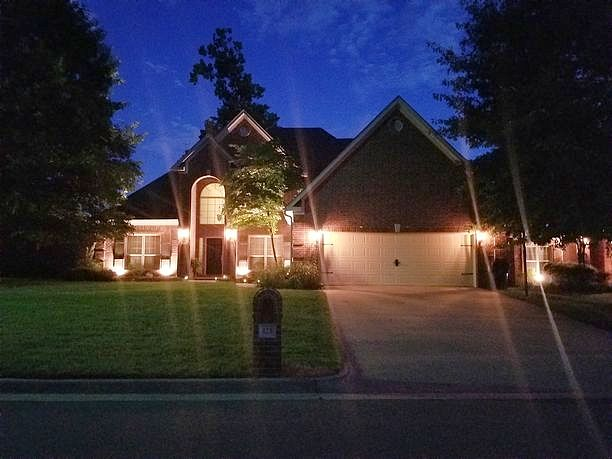 4 Bedrooms / 2.5 Bathrooms - Est. $2,167.00 / Month* for rent in Maumelle, AR