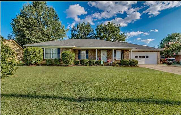 4 Bedrooms / 2 Bathrooms - Est. $1,534.00 / Month* for rent in Tuscaloosa, AL