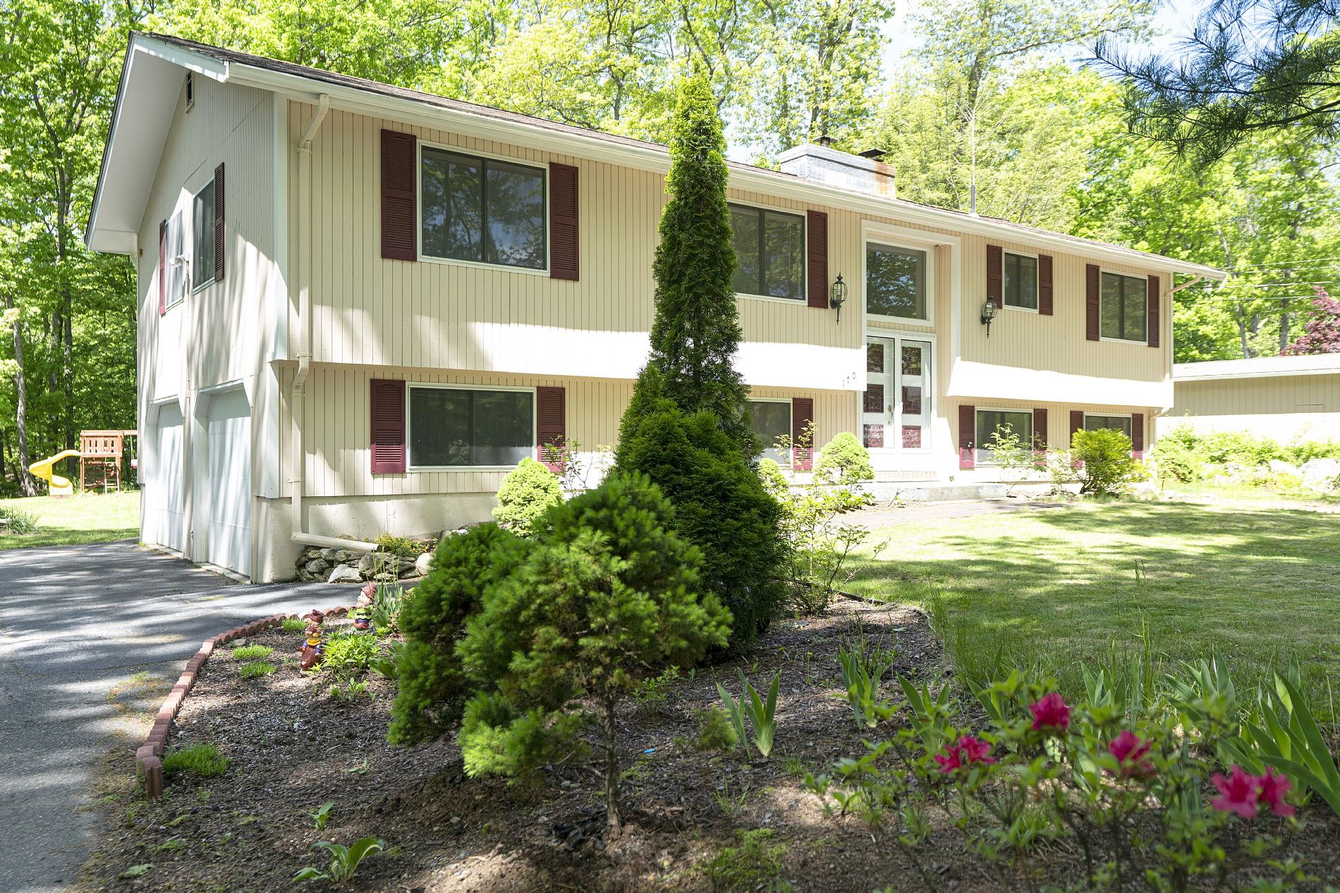 Image of rent to own home in Shrewsbury, MA