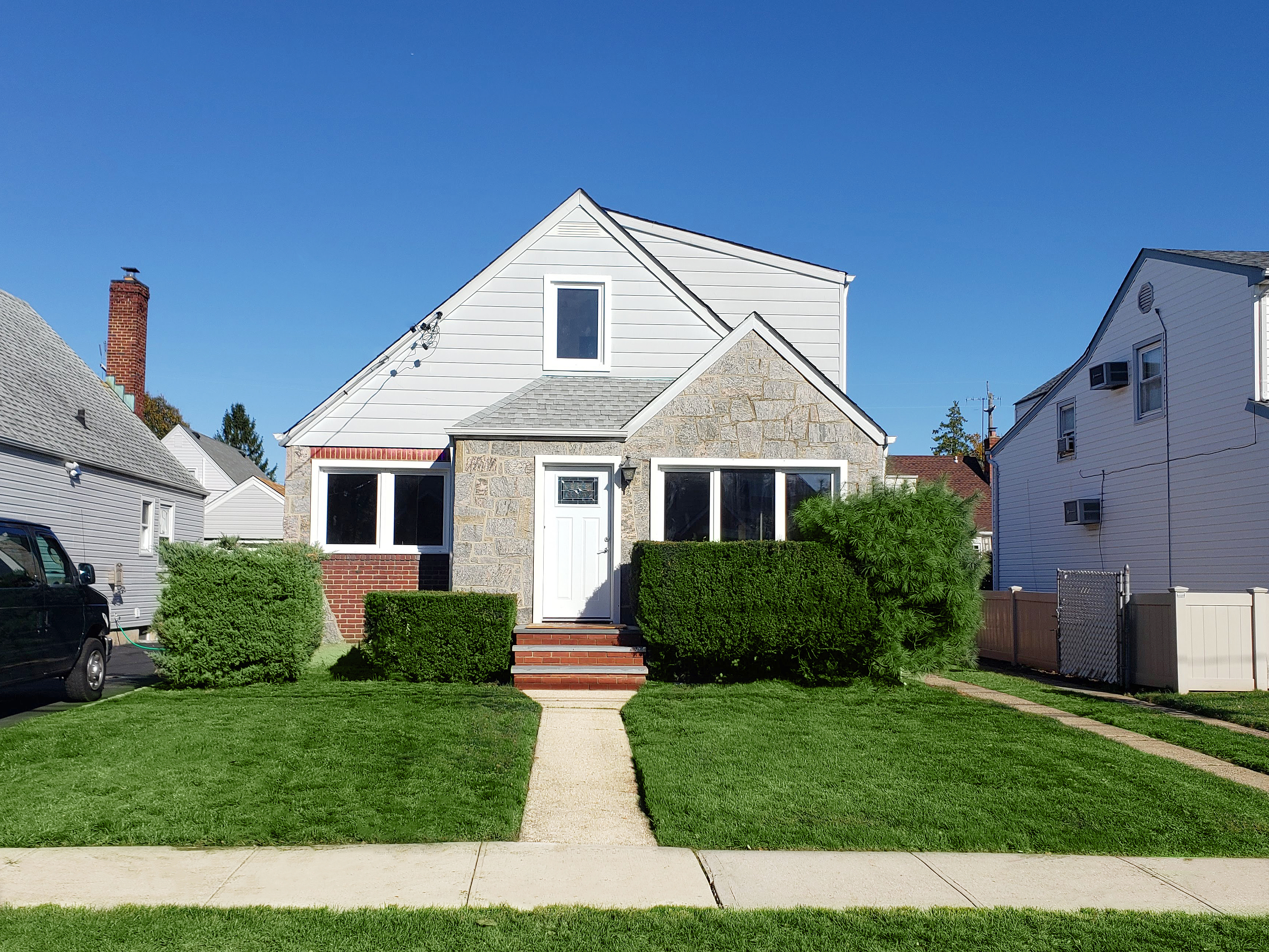 Image of rent to own home in New Hyde Park, NY