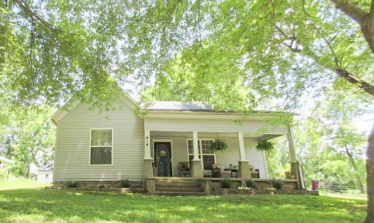3 Bedrooms / 2 Bathrooms - Est. $580.00 / Month* for rent in Ash Grove, MO