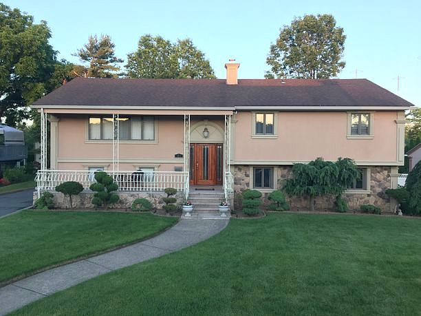 3 Bedrooms / 3 Bathrooms - Est. $4,002.00 / Month* for rent in Clifton, NJ