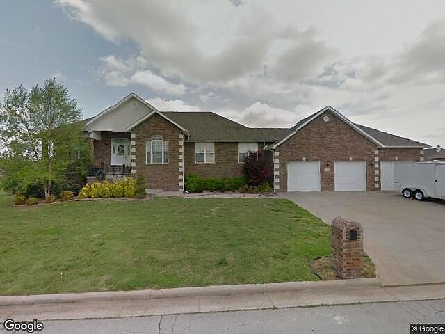 5 Bedrooms / 4 Bathrooms - Est. $2,635.00 / Month* for rent in Webb City, MO
