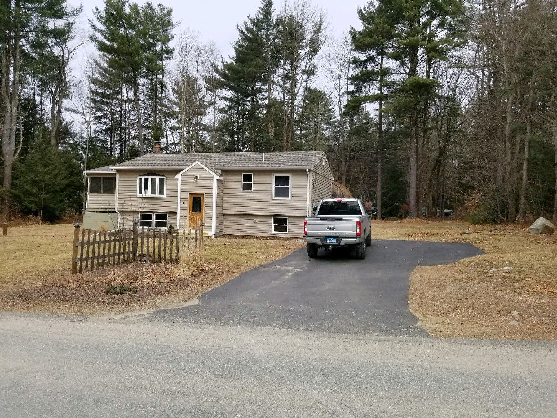 Image of rent to own home in Woodstock Valley, CT