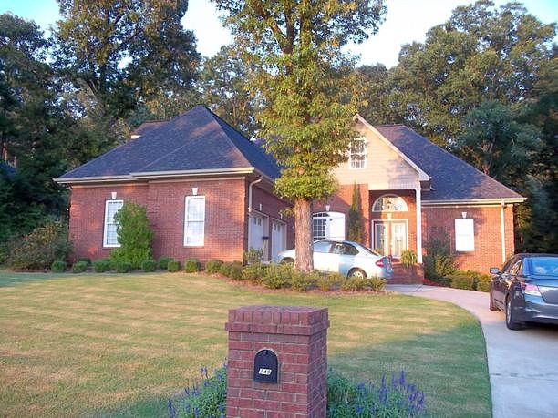 Image of rent to own home in Heflin, AL
