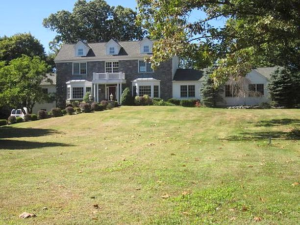 Image of rent to own home in Locust Valley, NY