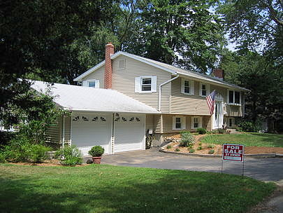 Image of rent to own home in Clinton, CT