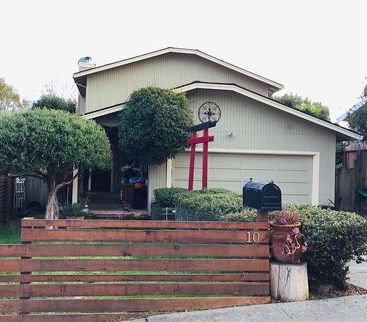 3 Bedrooms / 2.5 Bathrooms - Est. $4,996.00 / Month* for rent in Watsonville, CA