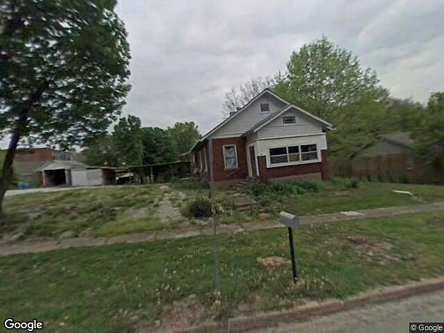 2 Bedrooms / 1 Bathrooms - Est. $460.00 / Month* for rent in New Franklin, MO