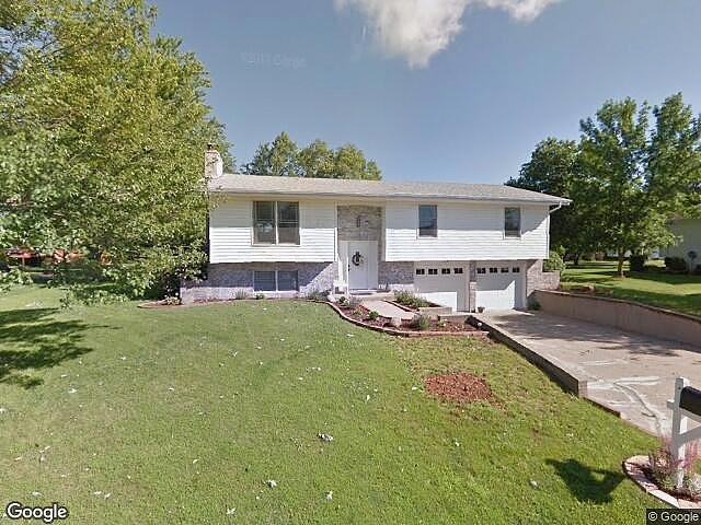 4 Bedrooms / 2 Bathrooms - Est. $1,307.00 / Month* for rent in Kirksville, MO