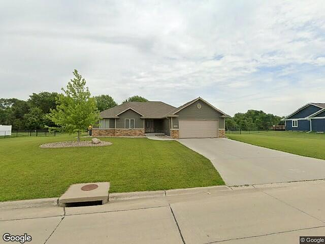 5 Bedrooms / 3 Bathrooms - Est. $2,201.00 / Month* for rent in South Sioux City, NE