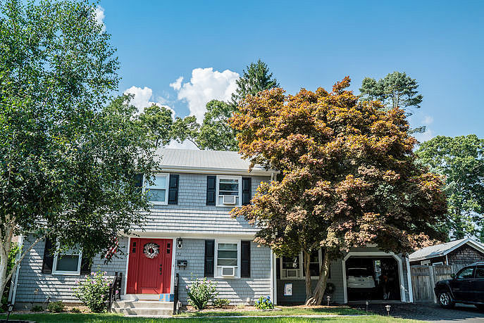Image of rent to own home in Riverside, RI