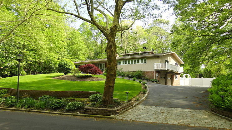 Image of rent to own home in Huntington, NY