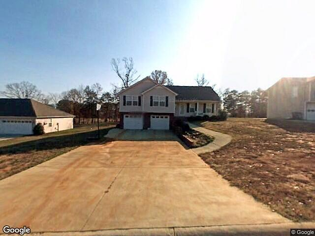 3 Bedrooms / 2 Bathrooms - Est. $1,067.00 / Month* for rent in Chatsworth, GA