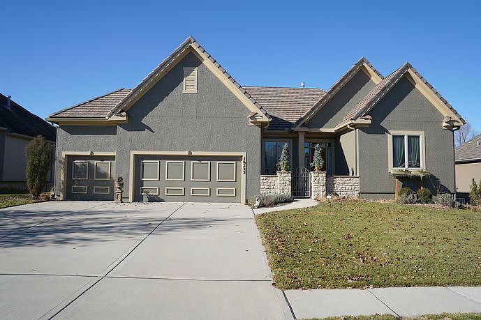 Image of rent to own home in Stilwell, KS