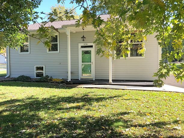3 Bedrooms / 1.5 Bathrooms - Est. $934.00 / Month* for rent in Quincy, IL