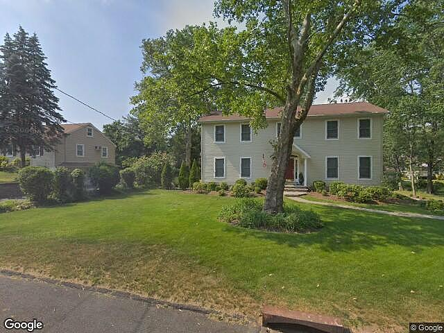 4 Bedrooms / 4 Bathrooms - Est. $4,522.00 / Month* for rent in Pearl River, NY