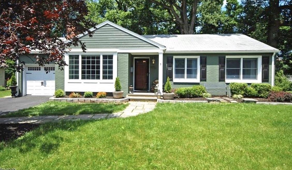 3 Bedrooms / 1 Bathrooms - Est. $2,768.00 / Month* for rent in Bernardsville, NJ