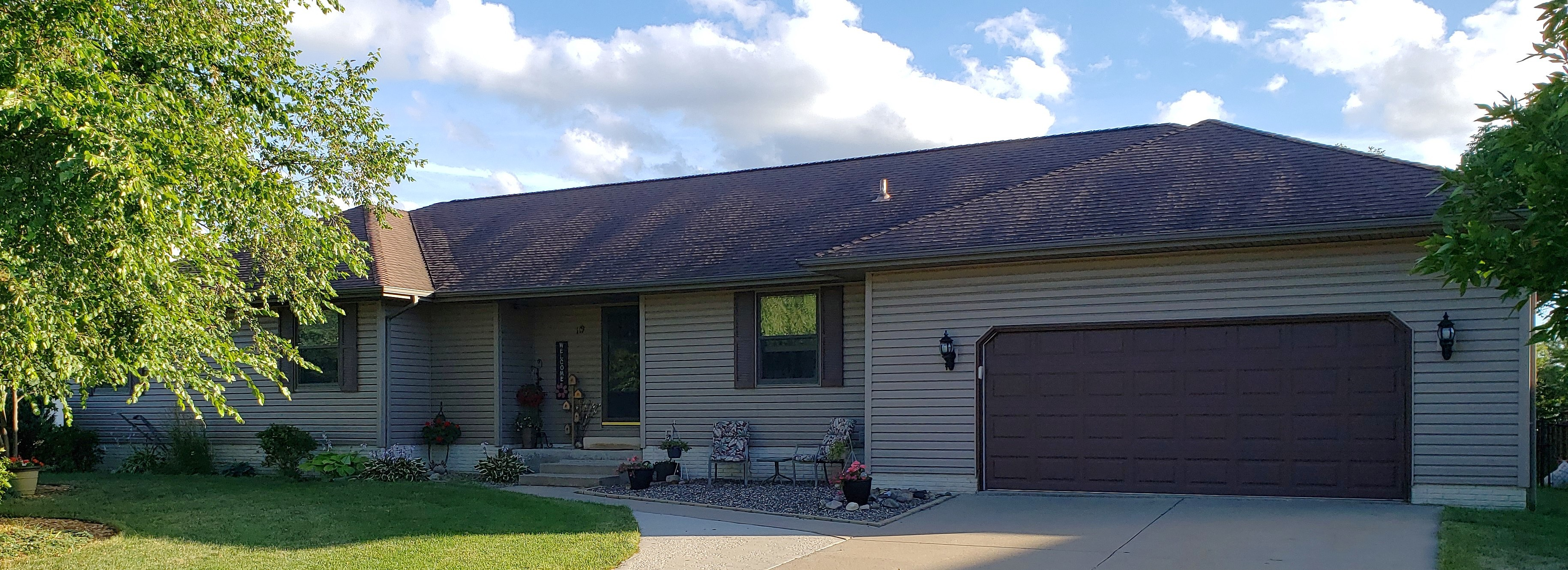 Image of rent to own home in Robins, IA