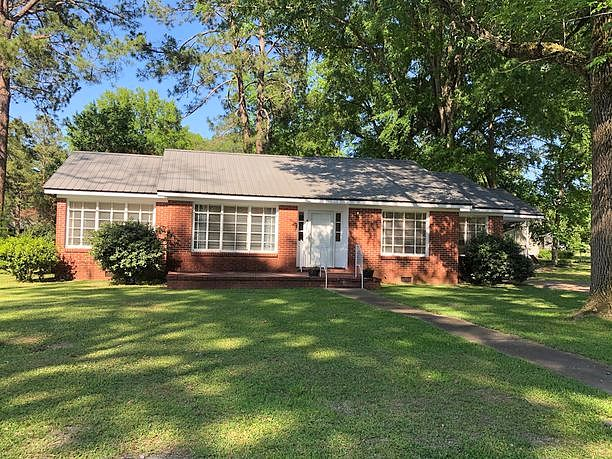 3 Bedrooms / 2 Bathrooms - Est. $454.00 / Month* for rent in Cuba, AL