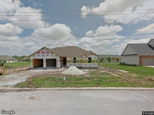3 Bedrooms / 2 Bathrooms - Est. $1,267.00 / Month* for rent in Carthage, MO