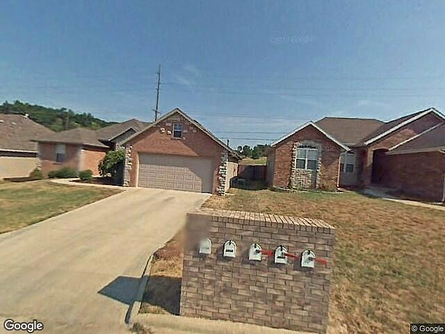 3 Bedrooms / 2 Bathrooms - Est. $1,321.00 / Month* for rent in Springfield, MO
